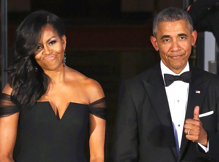 rs_1024x759-160802191725-1024-barack-obama-michelle-obama-thumbs-up-2-ms-080216